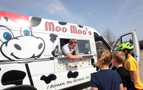 Embracing Iowa Culture With Moo Moo's Ice Cream